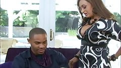 Hot mom Claudia Valentine getting a bbc to play with