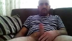 Bearded dad shoots on cam