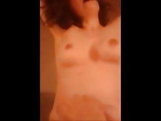 Video bokep online Dis moi des mots crus 3gp