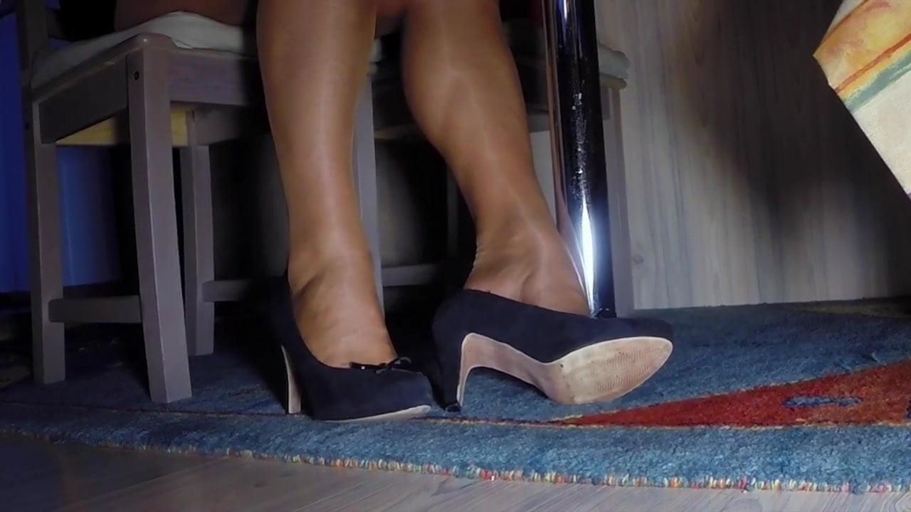 Taylor Raz Feet Pantyhose