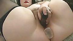 Hairy BBW masturbation