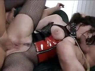 Monella - Intimity
