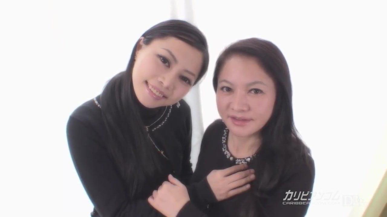 Yui Yabuki and Chiharu Yabuki :: mom and daughter 1