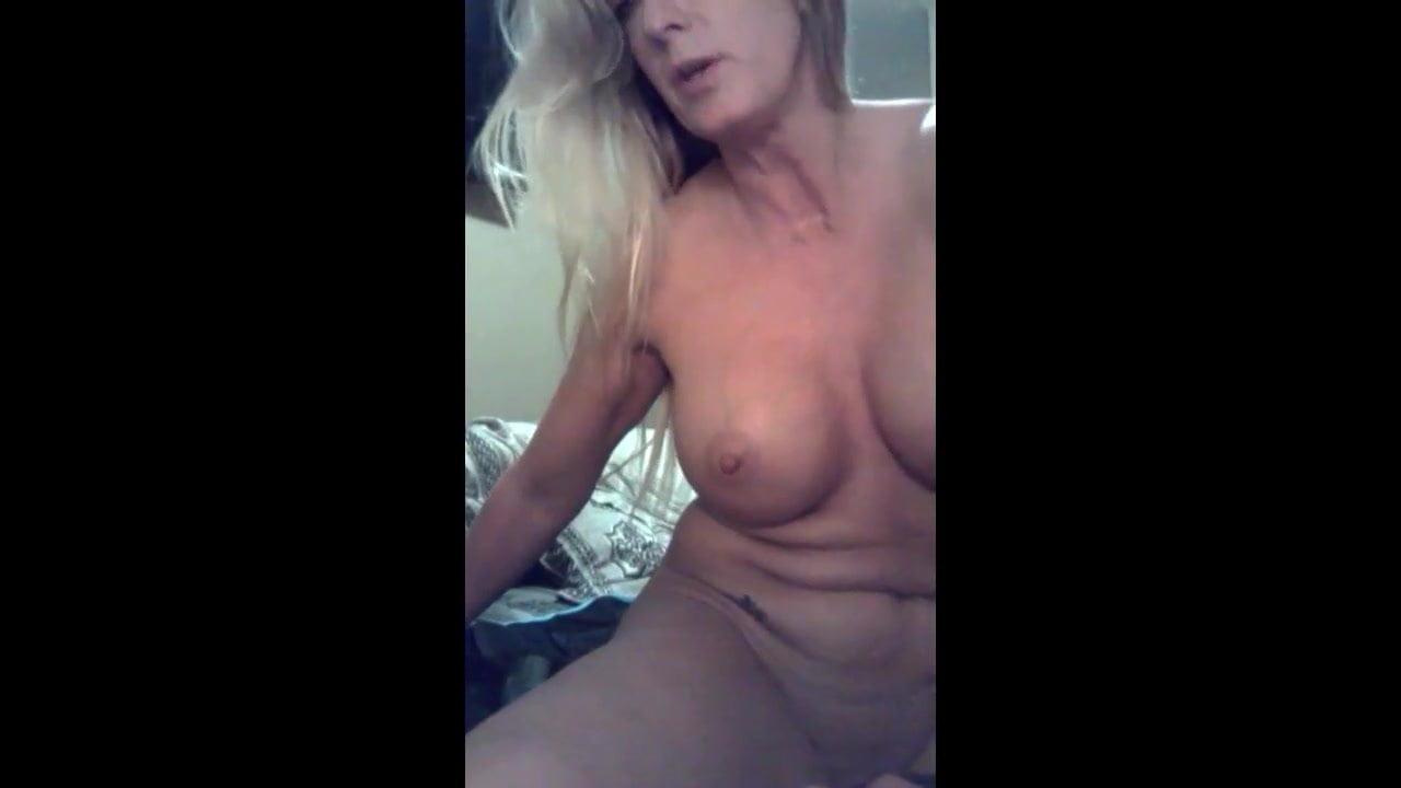 Amateur Milf Masturbating Dp Selfie, Free Porn 04 Xhamster-2077