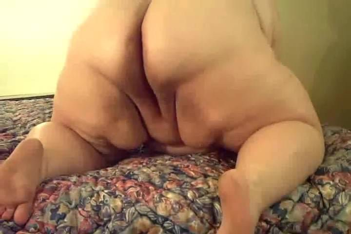 Sex hamster perfect pissing pussy