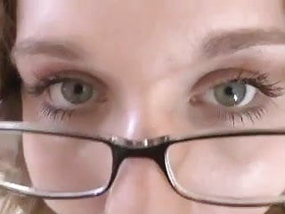 BBW Head #369 Unfaithful Thick Four-eyes Wife