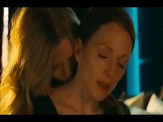 Amanda Seyfried Julianne Moore Nude Lesbian Scene Chloe