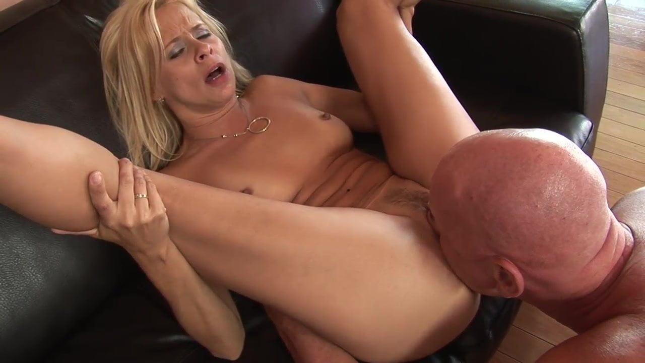 she-cums-fuck-video-deep-web-porn