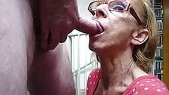Amateur granny fantastic sucking