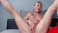 Blonde Milf Webcam