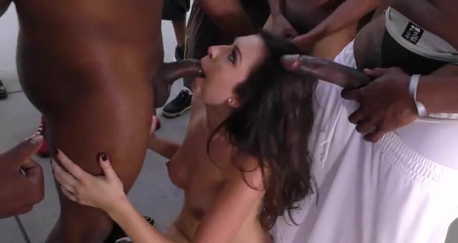 Amateur chat room porn