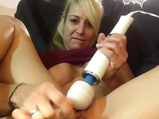 Hot Mom squirts on cam