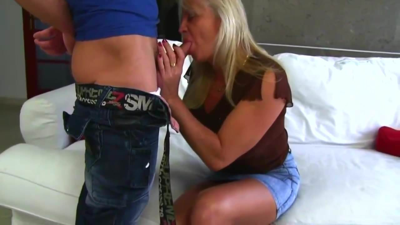 Ebony mother daughter sex