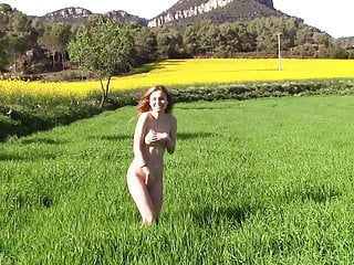 Download video bokep Outdoor nude walk 10 Mp4 terbaru