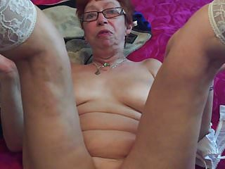 ANNA'S DIRTY BLOG (PART 1) MATURE FROM MANCHESTER YOUNG BOY