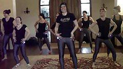 Dance in Leggings