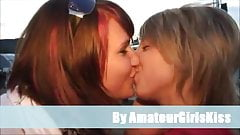 Amateur lesbo kiss collections's Thumb