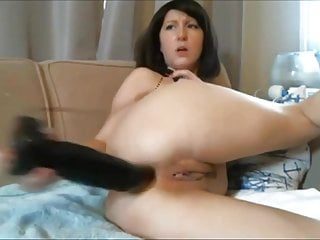 Diana - Webcam MILF Shoves A Huge Black Dildo In Her Ass