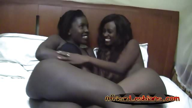 Preview 1 of Alluring ebony babes having some lesbian sex