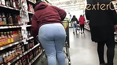Young BBW Milf in Tight Jeans