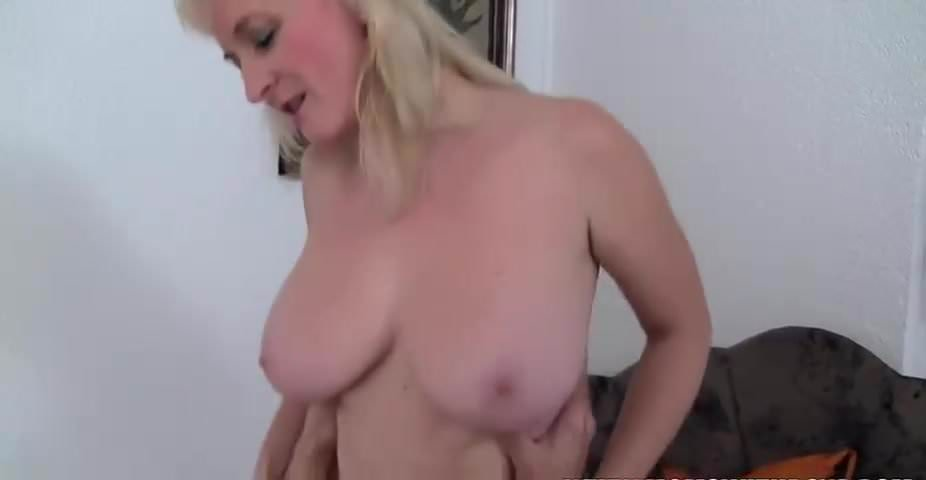 Asian amature submit nude