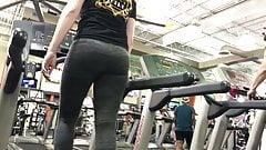 Just Look At That College Ass In Spandex (HD) 09-05-17