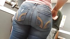 Candie  in jeans