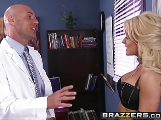 Preview 3 of Brazzers - Doctor Adventures - Late Night With Dr. Fucky sce