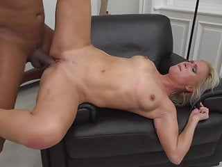 Posh mother Kathy Anderson getting fucked by black guy