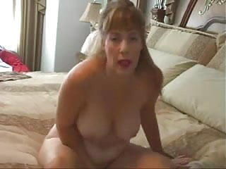 Mature Woman Wants Some Cum JOIDerty24