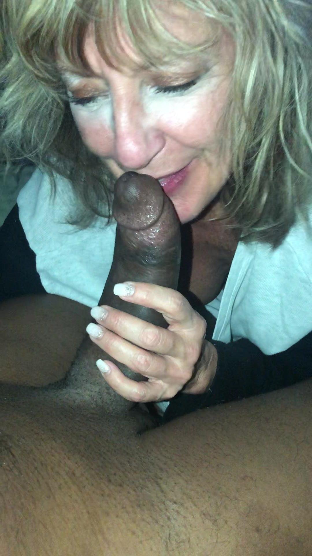 Black pussy licking orgasm