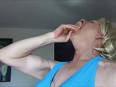 Naughty Gigi having deep throat fun