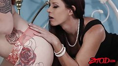 Tattooed redhead Ivy shares huge dick with India Summer