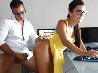 arriba el vestido webcam porno