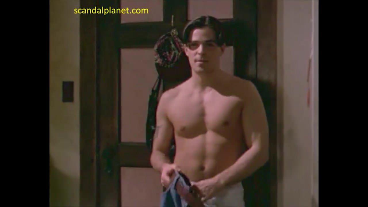 Alyssa Barbara Topless alyssa milano nude in the outer limits movie - scandalplanet