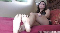 I want to give you a nice footjob