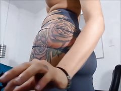 hot shemale with big ass :watch part2: eleganttranny.com