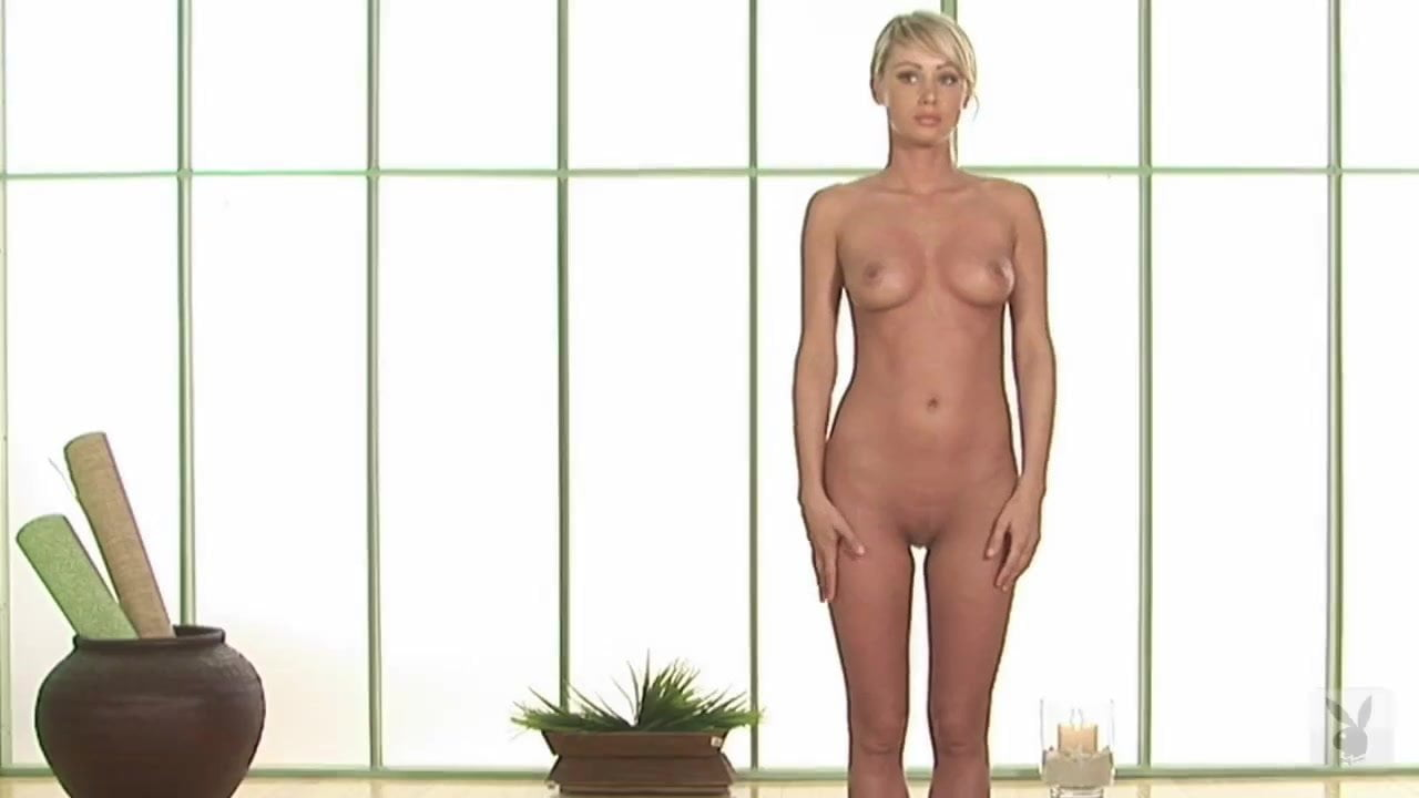 playboy-sarah-jane-in-the-nude-video-of-yoga