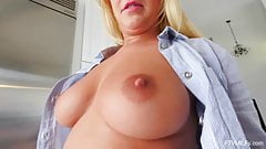 Amber Deen Scottish Blonde MILF