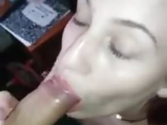 Hot gf sucking the dick