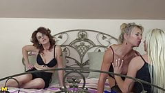Beautiful mature moms having lesbian threesome