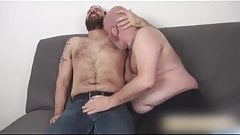 Hunk on Syxy Daddy