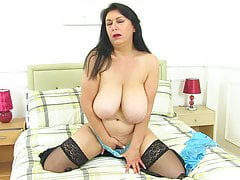 UK milf Sabrina Jade will please you with her big hangers