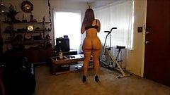 Big bottom girl