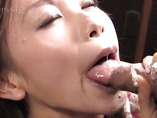 Download video bokep Shuri Maihama Blows the Veggie Man (Uncensored JAV) Mp4 terbaru