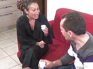 Daniela di Ladispoli fucks with her neighbor - Trailer