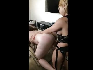 Download video bokep Big tittied blonde abusing a slut Mp4 terbaru