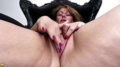 Sexy big ass mom porn