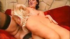hot granny lesbians