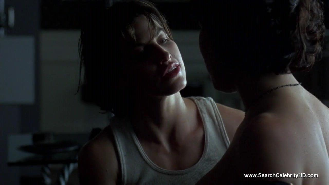 licking scene Jennifer tilly lesbian